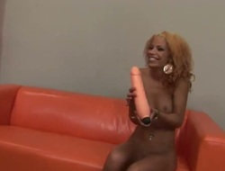 Redhead Naomi Bell wants his pole to fuck her honeypot hard